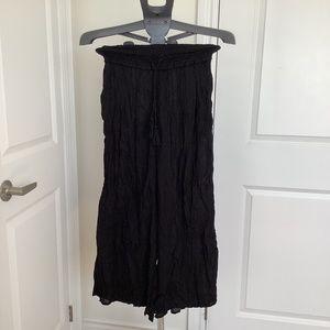 Black, crinkle palazzo pants.